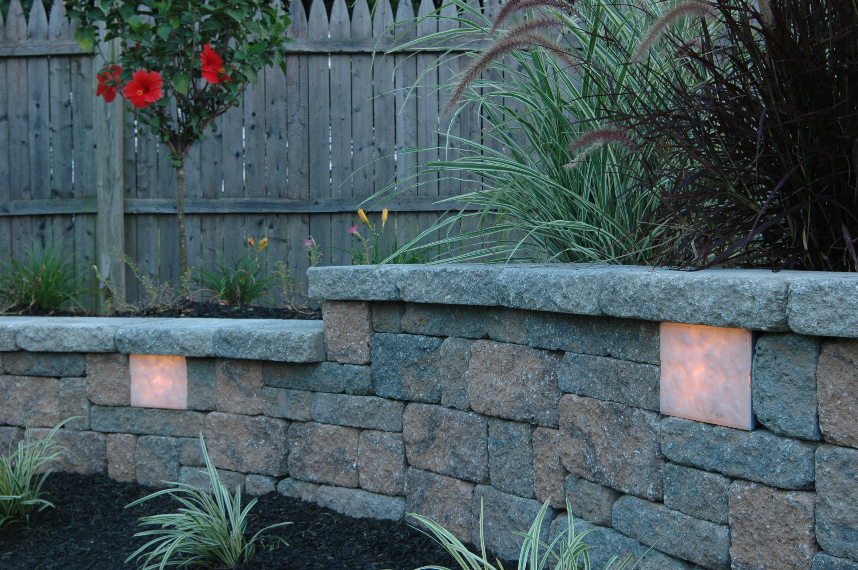 Kerr Lighting - Garden Wall & Retaining Wall Lights - SEK-Surebond
