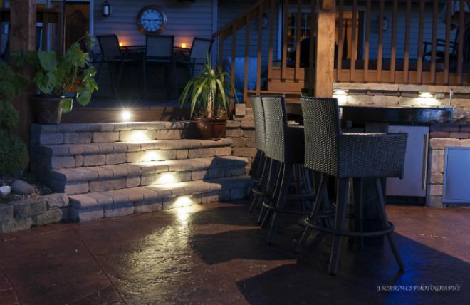 wallter-tan-lights-stairway-night-store.jpg